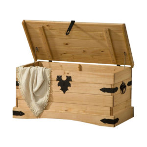 materiál masív borovicavoskovaná v medovom odtieni